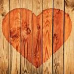 Силуэт сердца на деревянной стены — Стоковое фото