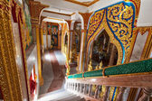 Interior of buddhist temple - Wat Chalong — Stockfoto