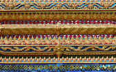 泰国佛教寺庙的墙壁上的装饰物 — 图库照片