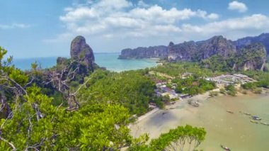 View of the sea bay with mountain views. Thailand, Krabi — Stock Video