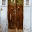 Rotten wooden door of an old house. India, Udaipur — Stock Photo