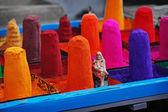 Colorantes en el mercado oriental. india — Foto de Stock