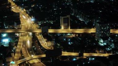 Video 1920x1080 - Car traffic in the night city. Thailand, Bangkok — Stock Video