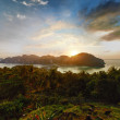 Sunset on the tropical Phi Phi island, Thailand — Stock Photo