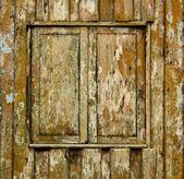 木造住宅の雨戸ウィンドウ — ストック写真
