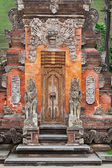Gate of Temple with ornaments. Indonesia, Bali — Stock Photo