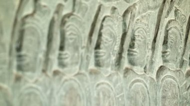 Video 1920x1080 - Ancient carvings on the walls of Angkor Wat close up. Cambodia, 12th century — ストックビデオ