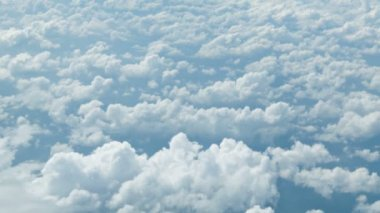 High definition video - View from the airplane. Clouds at a height of several kilometers — Stock Video