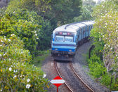 BENTOTA, SRI LANKA - 28 APR 2013: New Sri Lanka Railways class S — Stock Photo