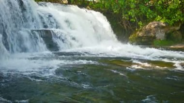 Video 1080p - Cambodia - landscape with a waterfall in a small river — Stock Video