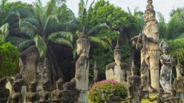 Video 1080p - Panorama in sculpture Buddha Park (Xieng Khuan). Laos, Vientiane — Stock Video