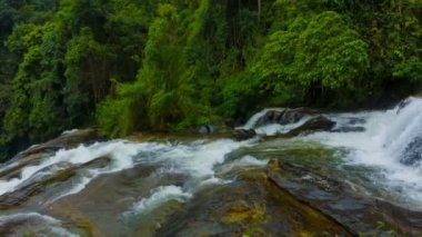 Video 1080p - Panorama of waterfalls in the rainforest. Thailand — Stockvideo
