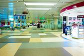 Hall at Changi International Airport — Stock Photo