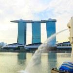 Merlion fountain — Stock Photo #46673829