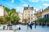 People walking  in Karlovy Vary. — Stock Photo