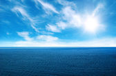 Sea and perfect sky — Stock Photo