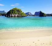 Strand und tropischen meer — Stockfoto