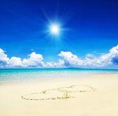 Hearts drawn in the sand — Foto de Stock