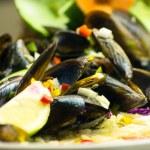 Salad mussel — Stock Photo #23987071