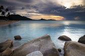 Zonsondergang boven de zee — Stockfoto