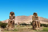 Colossi of memnon gigantic statues in Luxor Egypt — Stock Photo