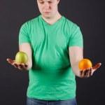 Chooses a fruit — Stock Photo