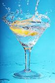 Martini with lemon — Stock Photo