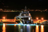 Luxury yacht moored on pier night — Stock Photo