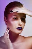 Detailní portrét krásné kavkazské mladé ženy s glamour make-up — ストック写真
