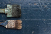 Old brushes on the table — Stock Photo