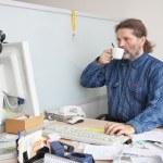 Office employee — Stock Photo