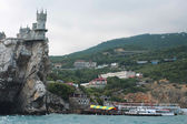 The Swallow's Nest castle — 图库照片