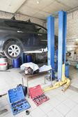 Un garaje de reparación de coches — Foto de Stock