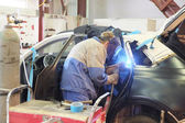 A car repair garage — 图库照片