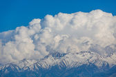 Clouds in the mountains — Stock Photo