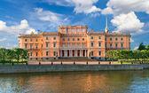 Mikhailovsky Castle. Petersburg. — Stock Photo