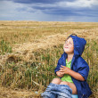 Child on the field — Stock Photo