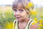 Liten pojke — Stockfoto
