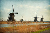 Mühle-netzwerk am kinderdijk-elshout, niederlande. — Stockfoto