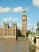 Casa del parlamento con el big ben — Foto de Stock
