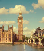 House of Parliament with Big Ben — Stock Photo