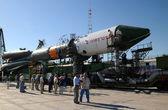 Progress Spacecraft at Baikonur Launch Pad — Stock Photo