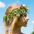 Girl in the grass wreath 4632 — Stock Photo
