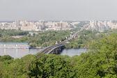 Kiev fiume dnepr e paesaggio urbano, ucraina — Foto Stock