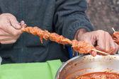 Hands are prepared barbecue — Stock Photo