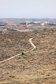 Road to a Palestinian village — Stockfoto