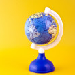Atlantic Ocean on toy globe — 图库照片
