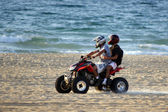 Motorbikes on the beach — 图库照片