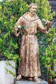 Statue of monk — Stock Photo