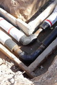 Repair the broken pipe with new — Stock Photo